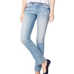 Aeropostale Regular Bayla Skinny Leg Denim Jeans